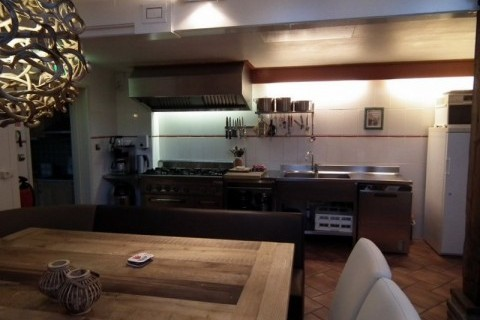 Groepsaccommodatie de vier eiken drenthe drents friese wold - Eetkamer keuken ...