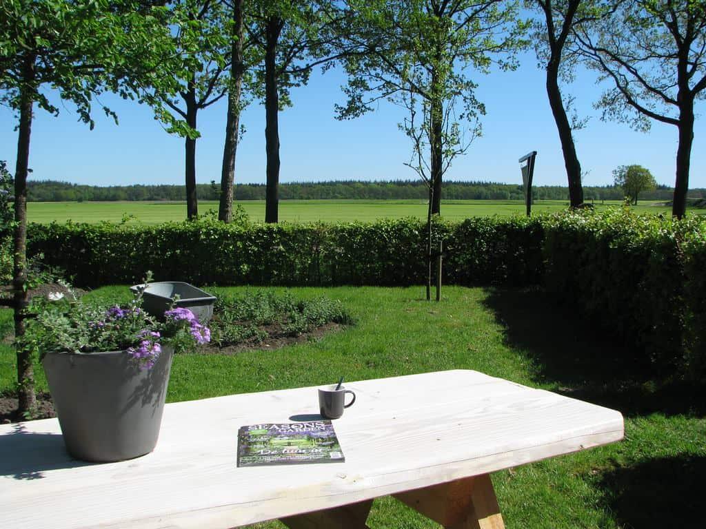B&B Het Drents Friese Uitzicht Gastentuin