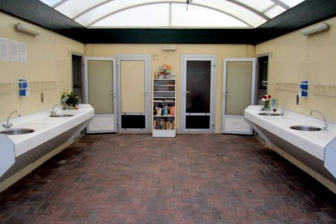 Camping Oudewillemsveldt Verwarmd Sanitairgebouw