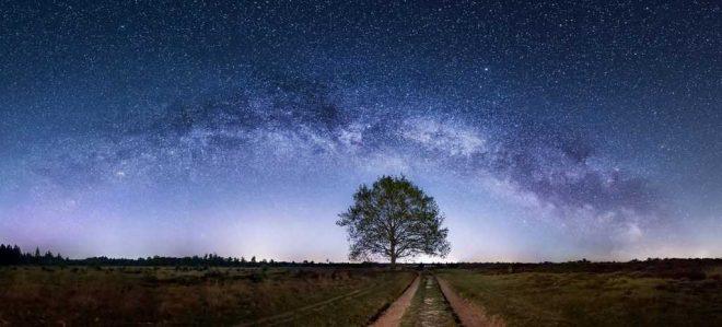 Fotograaf Andre Van Der Meulen Melkweg Panorama Boven Aekingerzand