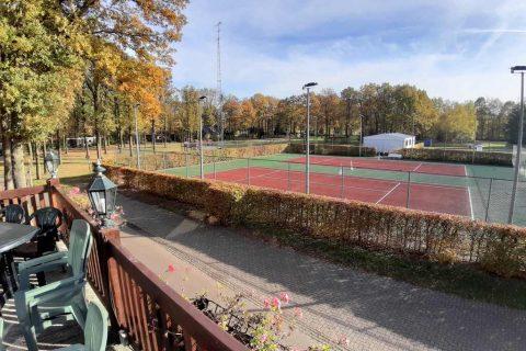 Terras Uitzicht Tennisbaan