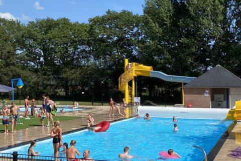 Camping Blauwe Lantaarn Wateren Zwembad
